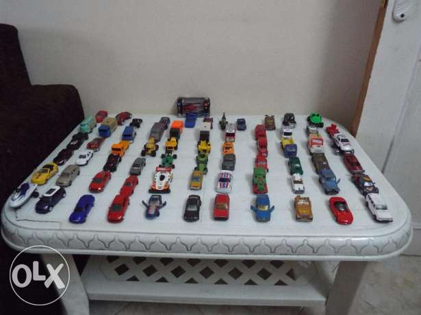 Car scale die cast size 1/64 used collection