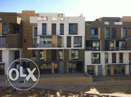 penthouse for sale in west town Sodic 253 sqm good location