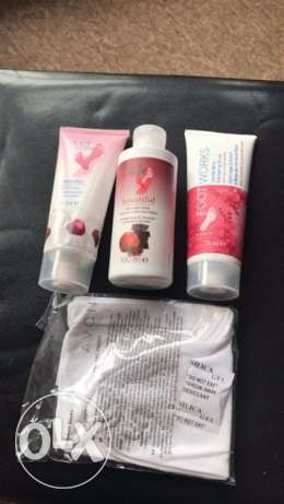 Avon foot works vanilla berry scrub