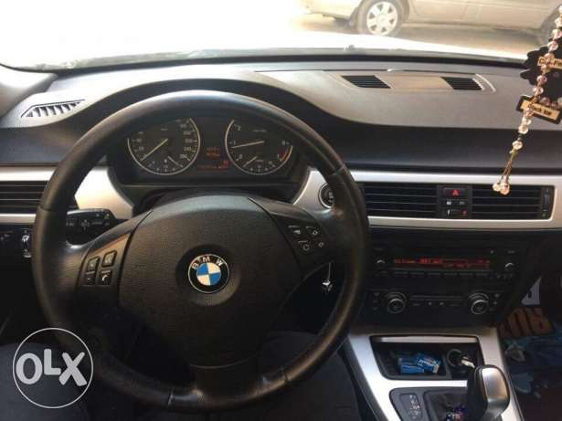 e90 facelift 318 / 2010 without i drive بنها -  5