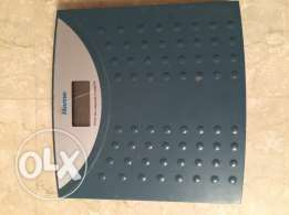 Bathroom personal digital weight watcher scale. ميزان حمام دچيتال