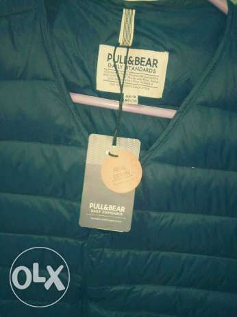 VisT Cut ' Pull and Bear الزيتون -  1