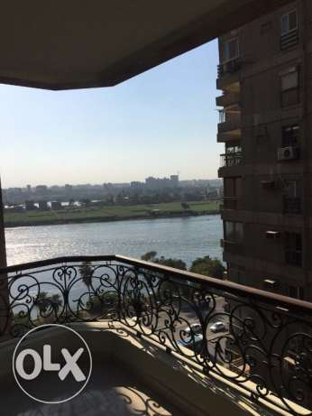 Maadi super Luxe apt with Nile view