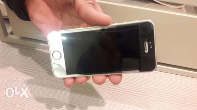 Iphone 5s perfect condition النزهة -  1