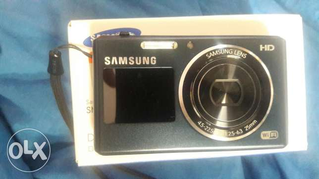Samsung DV150F HD digital camera