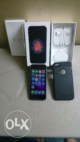 IPhone SE 64 GB Space Grey Mint Condition الهرم -  2