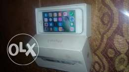 Iphone 5 16 GB بالعلبه
