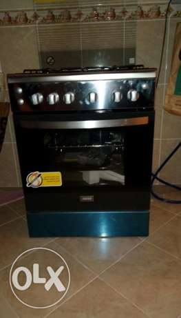 Zanussi over and stove فرن و غاز زانوسي