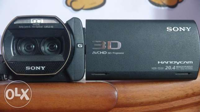 90full hd 3d handycam SONY HDR-TD30VE for sale قويسنا -  5