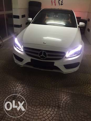 c180 amg 1000 km with agent granted and one year insurance
