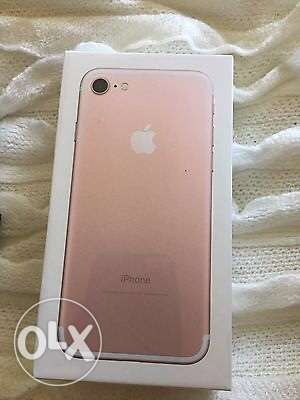 iphone 7 plus 32GB rose gold, new, sealed مدينة نصر -  1