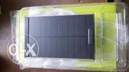 Touch solar power bank