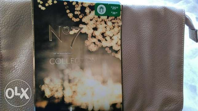 NO 7 collection for women free bag