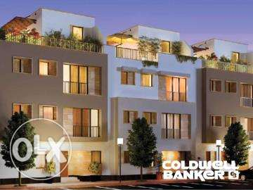 Townhouse located in 6 October for sale 250 m2, Courtyard - Westown