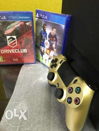 Playstation 4 |1 TB| with golden dualshock