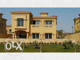 Standalone for sale in Royal meadows Zayed prime location 950 sqm