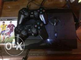 playstation 3 super slim 500gb +2Controllers +18 games