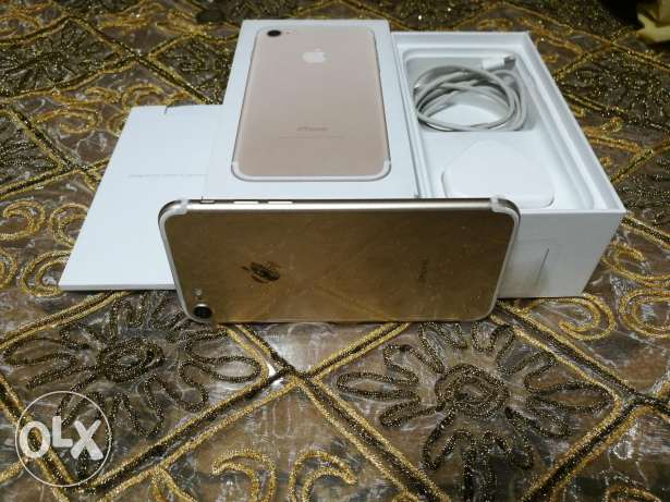 IPhone 7 32GB Gold Laik Nwe
