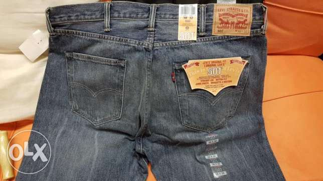 Levi's jeans 501 with original tags (BRAND NEW)