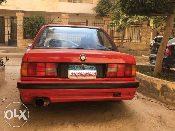 BMW E 30 Coupe 6 أكتوبر -  3