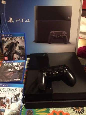 ps4 500 GB used with 3 games watch dogs, assassins creed,call of duty التجمع الخامس -  1