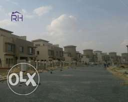 Town House Middle 370 SQm Compound Palm Hills Katameya