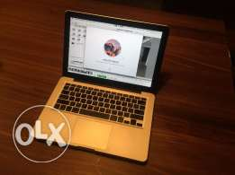 MacBook Pro 13'' Early 2011 2,3GHz Intel Core i5 8 MB RAM, 460 GB