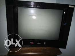 LG flat television 21 inch in a great condition تليفزيون ال جي 21 بوصه