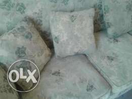 Living Room Furniture // Two Fauteuil with big Sofa ( Good Condition