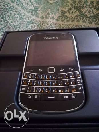 Blackberry bold 9900 like new touch screen