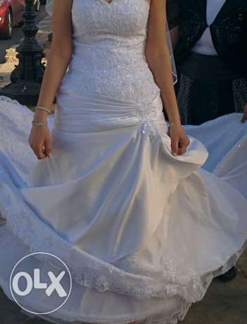White wedding dress for rent.
