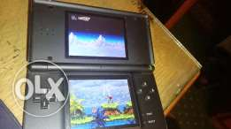 DS LITE black plus 80 games and charger