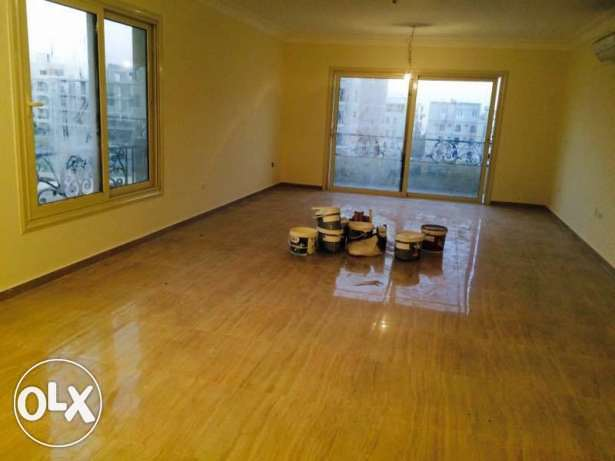 Apartment 220 for rent in bevarly hills