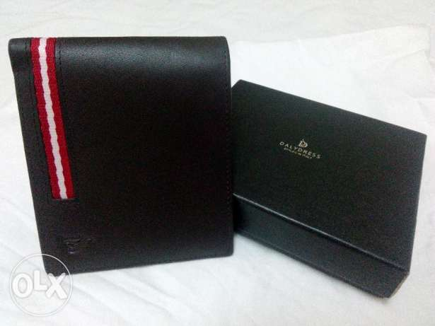 A brand new Leather Wallet with 15 percent saving