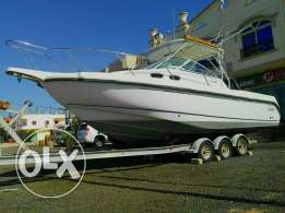 Boat Boston whaler USA 31 ft for sale