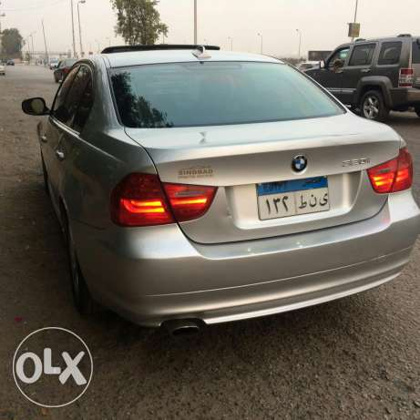 bmw e90 face left 320 شيراتون -  6