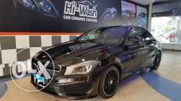 Black Mercedes-Benz CLA 200 AMG 9,000 k.m Exclusive