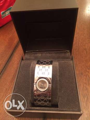 used Gucci watch