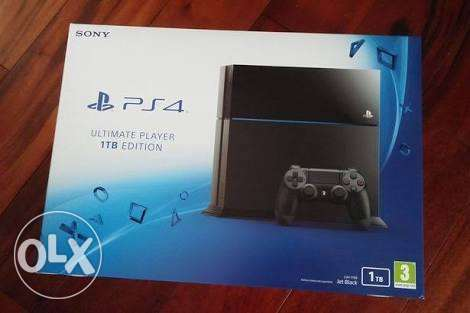playstation4 1TB used with 1controller+ cd gta v+fifa17&bf1 sec acc