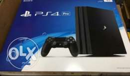 للبيع جهاز playstation 4 pro new
