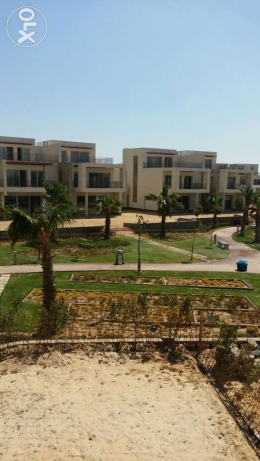 townhouse for sale in westown .sodec الشيخ زايد -  1