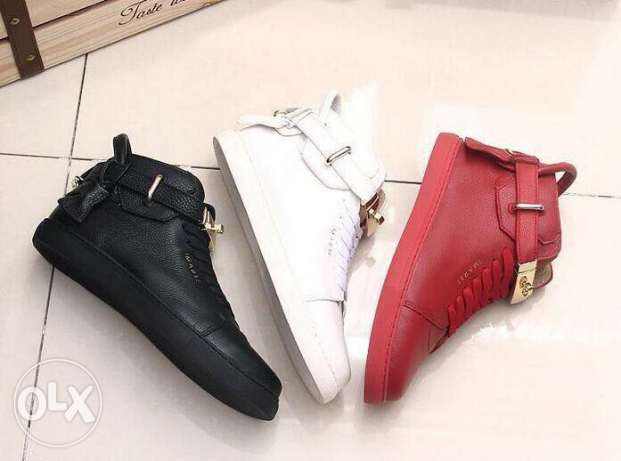 sport shoes offers
