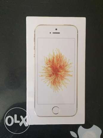 Iphone se 16 G.B Gold With Face Time Sealed New متبرشم وسط القاهرة -  2