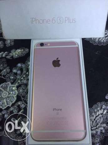 IPhone 6s Plus used like new rose gold ايفون ٦ اس روز جولد ٦٤ جيجا حي الشرق -  4