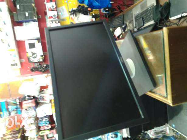 Lcd 22 inch dell wide hydrolic حالتها زيرووو