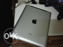 ايباد 4 بشريحه 4g& iPad 4 with sim card with excellent conditions