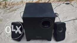 Creative A220 2.1 Speakers with Subwoofer