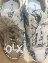 guess sneakers used 1 time