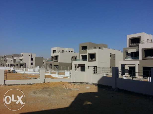 In compound pk2 - standalone 300m prime location التجمع الخامس -  5