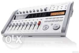 Zoom R16 Recorder : Interface : Controller | Zoom